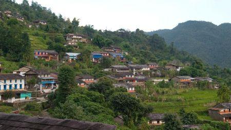 गाउँको पर्यटकीय विकास र युवा पलायन कम गर्न रिसोर्ट