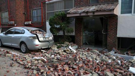 इन्डोनेसियाको भूकम्पमा ज्यान गुमाउनेको सङ्ख्या ३८० भन्दाबढी