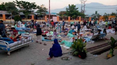 इन्डोनेसियामा भूकम्पका कारण झण्डै चार सयको मृत्यु