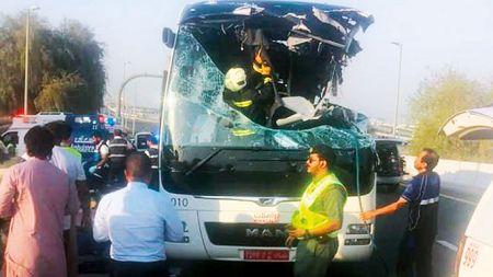 दुबईमा बस दुर्घटना हुँदा १२ भारतीयसहित १७ जनाको मृत्यु
