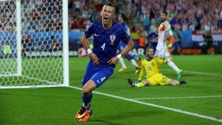 युरोकप फुटबलमा क्रोएसियाले स्पेनलाई हरायो, पोल्याण्डद्वारा युक्रेन पराजित