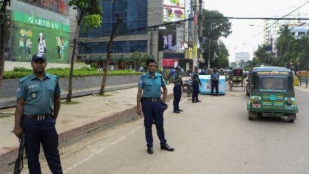बंगलादेशमा हिन्दुमाथि आक्रमण, पुजारीकाे हत्या