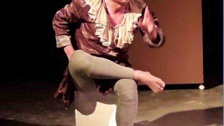 नाटक 'जिउँदो आकाश' मञ्चन शुरु