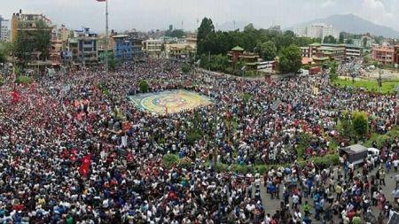 गुठी विधेयकको विरोधमा उर्लियो मानवसागर