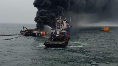 भारतको विशाखापट्नम तटरक्षक जहाजमा विष्फोट
