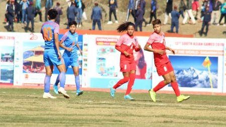 साग महिला फुटबल :फाइनलमा नेपाल भारतसँग स्तब्ध