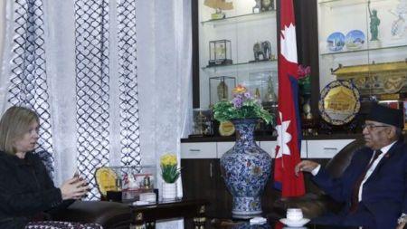 नेकपा अध्यक्ष प्रचण्ड र बेलायती राजदूतबीच भेटवार्ता, के भयो कुराकानी?