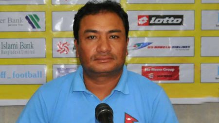 नेपाली फुटबलटिमका प्रशिक्षक महर्जन अब बंगलादेशको प्रशिक्षक