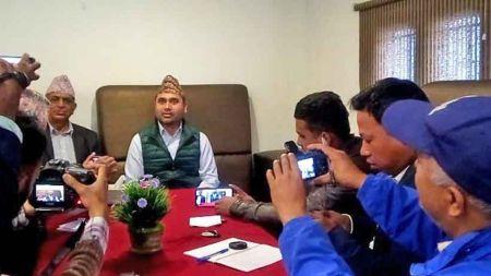 ओलीले विवादास्पद चीन–नेपाल मैत्री औद्योगिक पार्क शिलान्यास गर्दै, मुआब्जा विवादबारे पार्क अध्यक्ष अनभिज्ञ