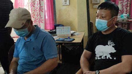 नेपाल हुँदै भारत पुगेका दुई चिनियाँ नक्क्ली भारतीय परिचयपत्रसहित पक्राउ